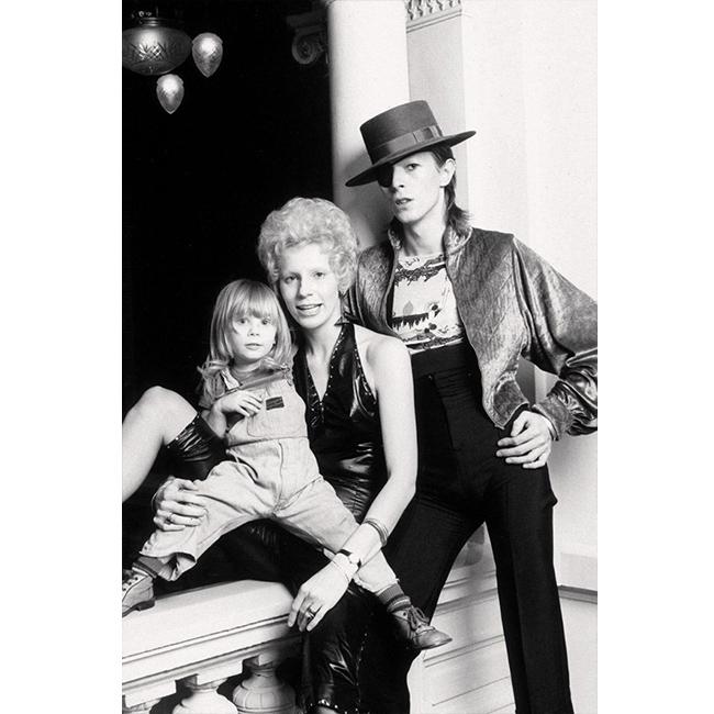 1974 г.  С жена му Анджи и сина им Зоуи.