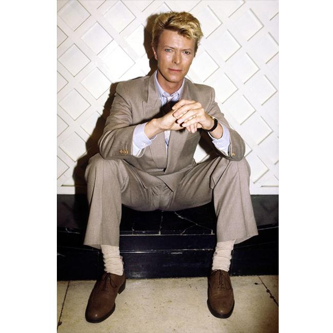 Март 1983 г.  Перфектен в сивия си костюм.