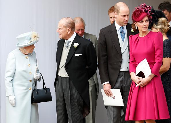 кралицата Елизабет, принц Филип, принц Уилям и Катрин