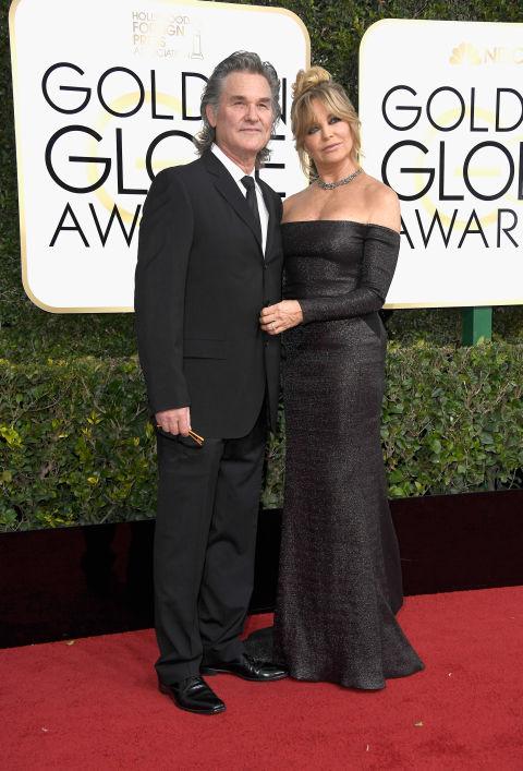 Голди Хоун също заложи на класическото черно