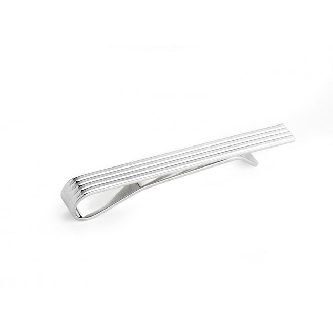 Сребърна игла за вратовръзка отново от Deakin&Francis. 379лв. deakinandfrancis.co.uk