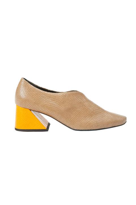 Обувки със среден ток Rejina Pyo x Yuul Yie 1222 лв.