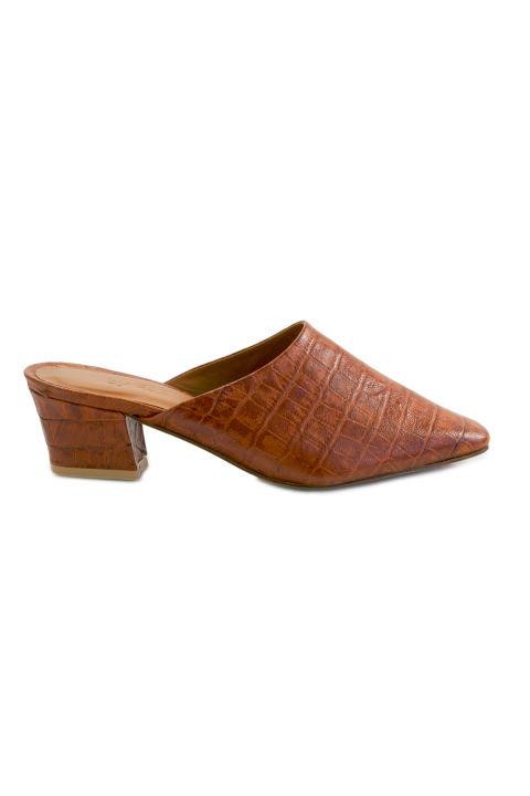 Обувки By Far 498 лв.