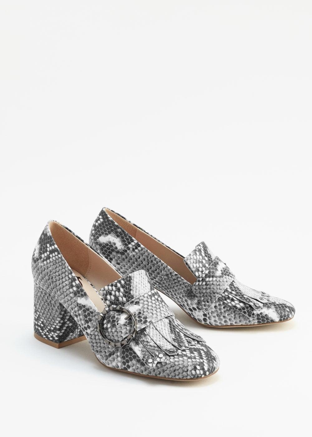 Обувки змийски мотив Mango; от 99,99лв. на 69,99лв