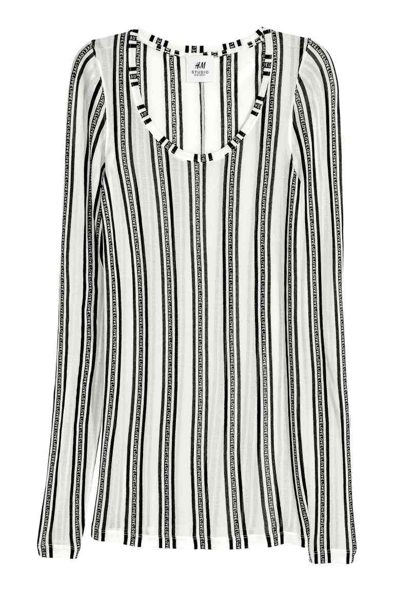 Блуза H&M; от 79,95лв. на  49,99лв.