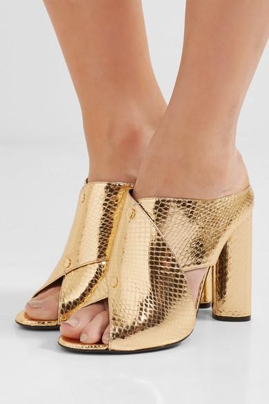 Обувки Tom Ford; от 1 940лв. на 970лв.