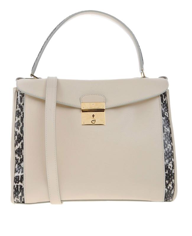 Чанта Marc Jacobs 702€, www.yoox.com