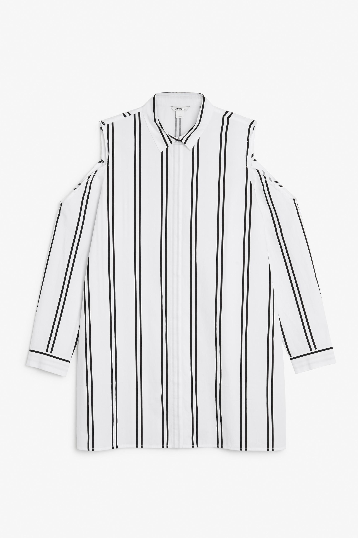 Риза Monki 35£