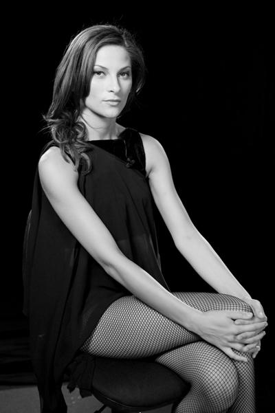 Маргаритa Будинова Любимата ни танцьорка, заради адски секси тялото, осрите черти и страхотнитедвижения.Сн. Vip Dance