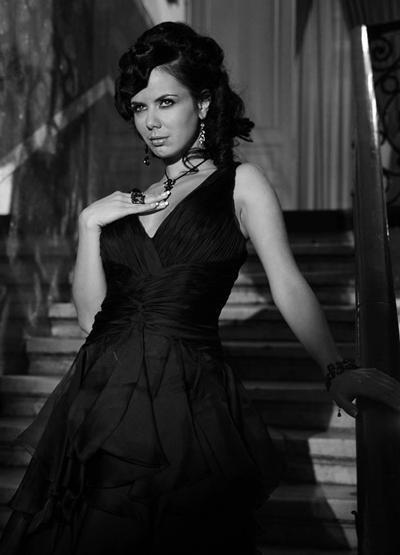 Елеонора МанчеваЕдна достойна МисисБългария 2006.Красива, секси, омъженажена.