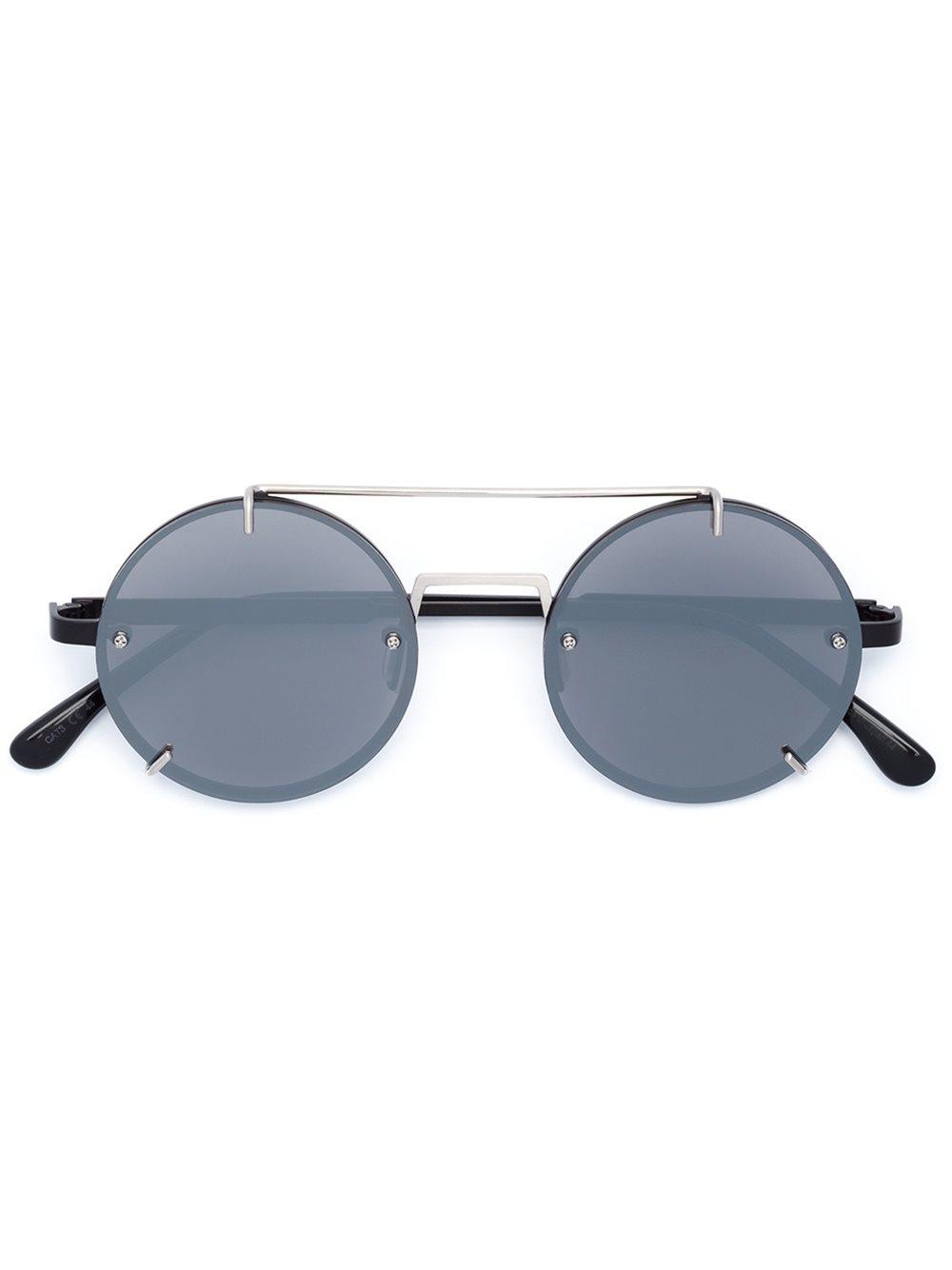 Слънчеви очила Vera Wang 713 лв.