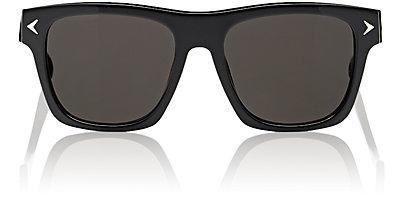Слънчеви очила Givenchy 604 лв.