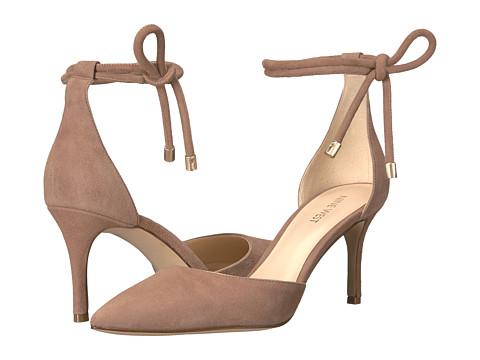 Подобни обувки Nine West 163 лв.
