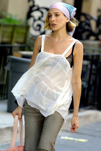 Без повече предразсъдъци, че сутиенът не може да бъде част от стила, а под бялото задължително се носи... бяло.