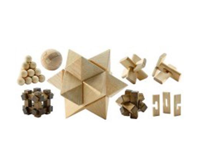 Дървени фигури за сглобяване, за да може малките да развиват и умът и фантазията си. 29 лв. toy.store.bg