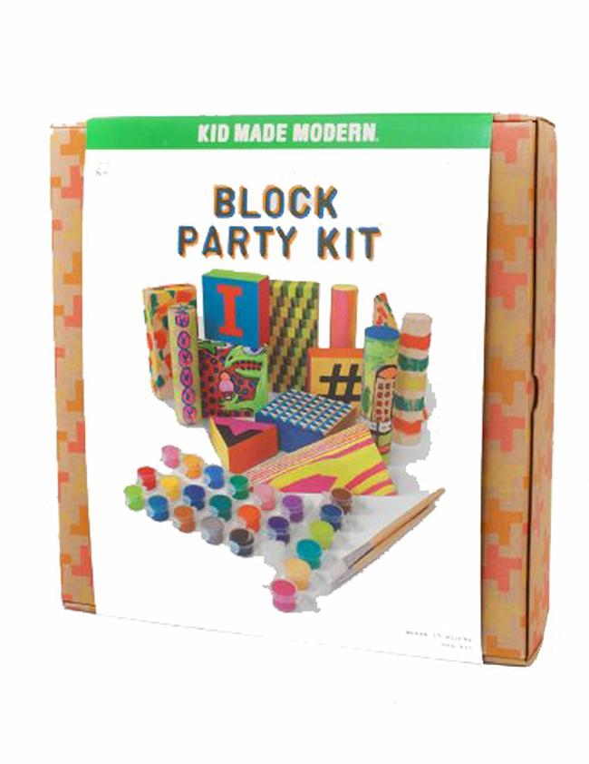 """Дървени кубчета за оцветяване. За всички малки """"строители"""". 65лв. amazon.com"""