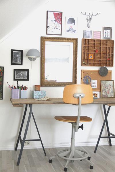 Във всеки дом има едно място, което наричаме работен кът. И той е важен, защото ни действа емоционално. Избрахме този дизайн, поради чистотата му и любовта ни към метала и мебелите с втори живот.An Magritt