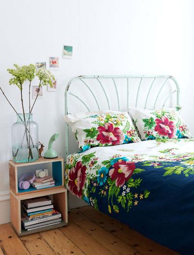 Комплект чаршафина едри цветя щевнесат цялата пролет втвоята спалня.Desire to inspire