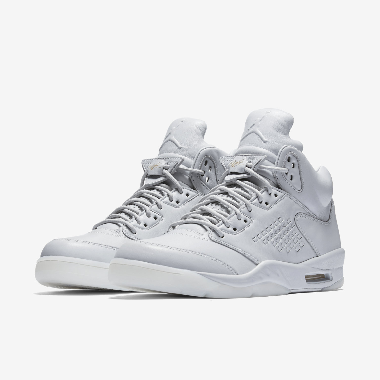 Маратонки Nike; 799лв.