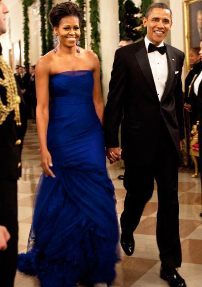 2011: В тюлена рокля с детайли от органза на Vera Wang.