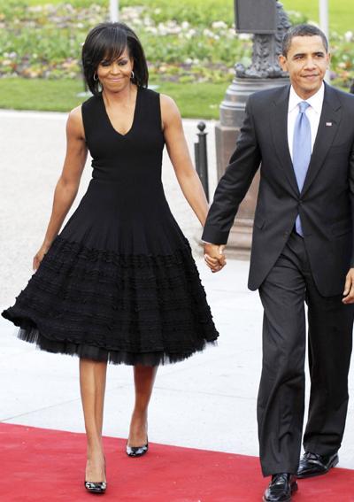 2009: В малка черна рокля дело на Azzedine Alaia.