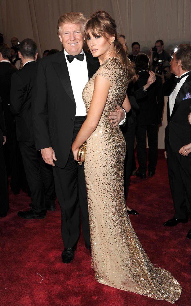 Първата дама в златна рокля на Met Gala 2011 г.
