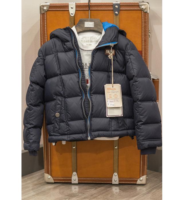 Пухенка за момченце Napapijri: Стара цена 390 лева/ Нова цена 273. За студените зимни дни. И за спокойствието на всяка майка.