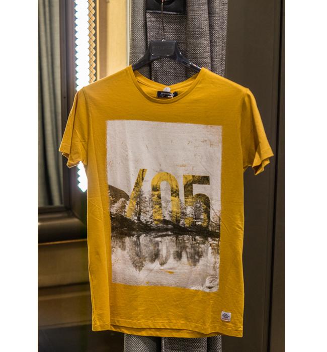 Мъжка тениска springfield: Стара цена 40.95/ Нова цена 19.95 лева. Цвят горцица за Него, защо не?