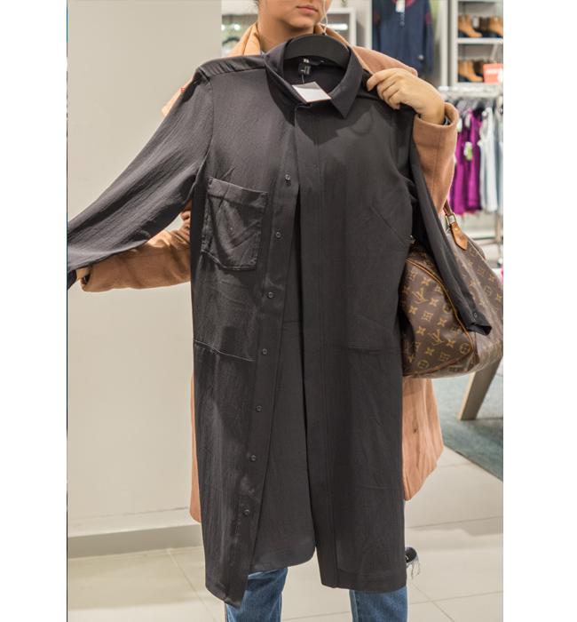 Риза - рокля H&M: Стара цена 59.90 лева/ Нова цена 20 лева. Захвърляме бойфренд дънките, за да ги заменим с новия бейсик елемент за пролетния ни гардероб.