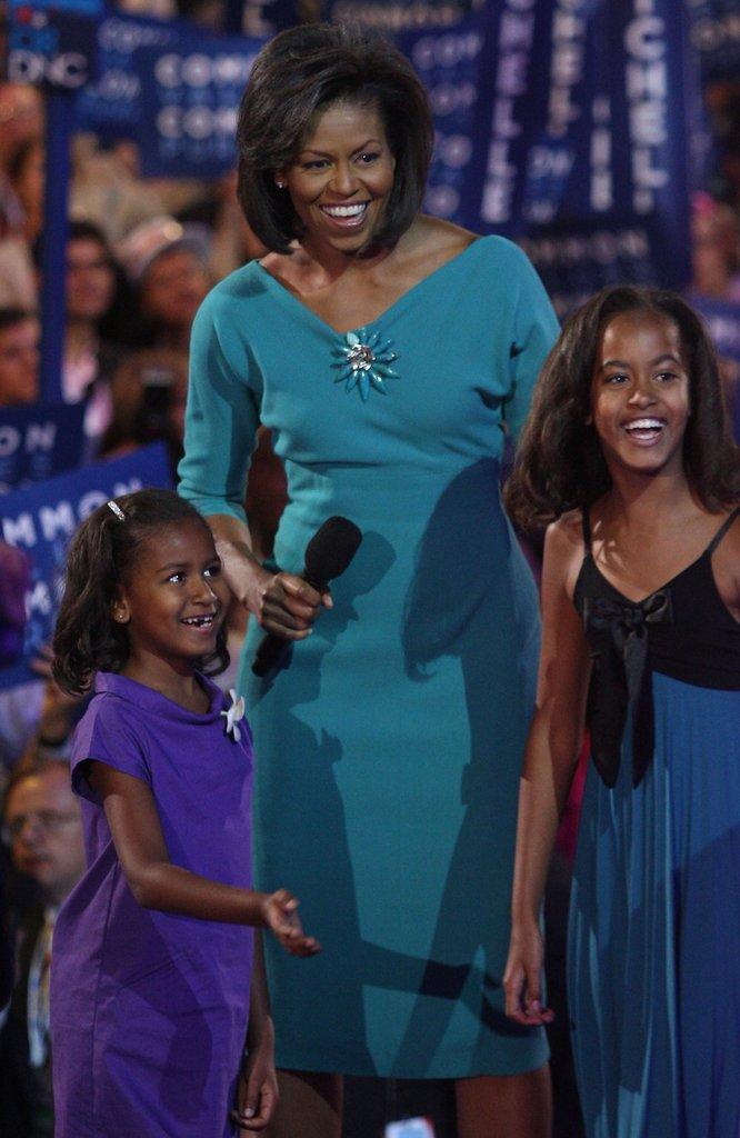 Саша, Мишел и Малия са представени пред страната за първи път на Демократическия конгрес през 2008г.