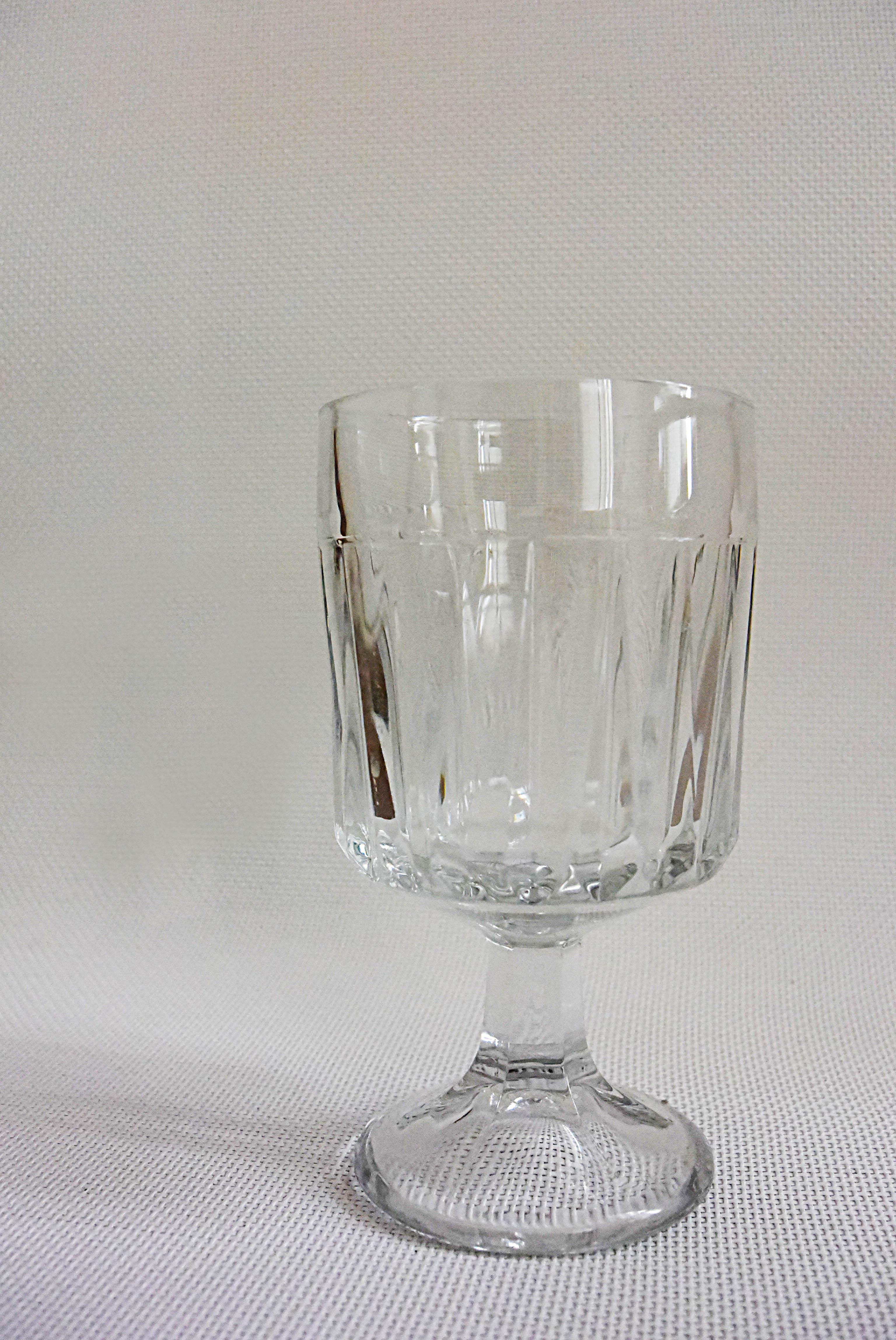Кристално, като за вода