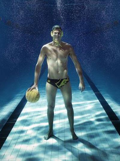 Томас Уолин - австралиецВодна топка