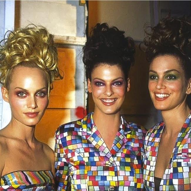 90-те С Амбър Валета и Линда Еванджелиста за Versace.