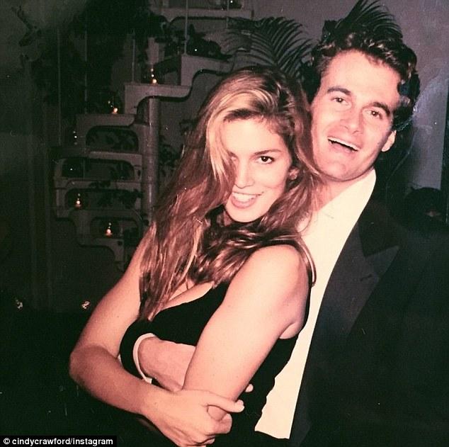 1998 г. С голямата й любов и неин съпруг вече 18 години - Ранди Гербер.