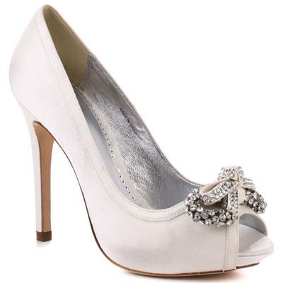 BOURNE, 284 долара  heels.com