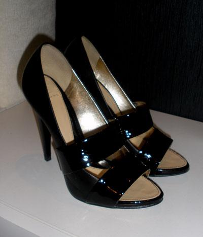7. Обувки - Бях влюбена в тях! Взех ги за миналогодишния си рожден ден...стоят страхотно! Майка ми беше твърдо срещу тях, били