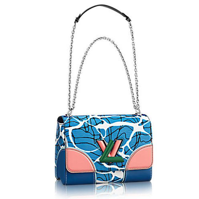 Louis Vuitton  2300 паунда  louisvuitton.com