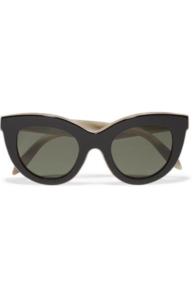 Очила Victoria Beckham 832 лв Лятото и слънцето ще са още по-перфектни през cat-eye слънчевите очила на Victoria Beckham