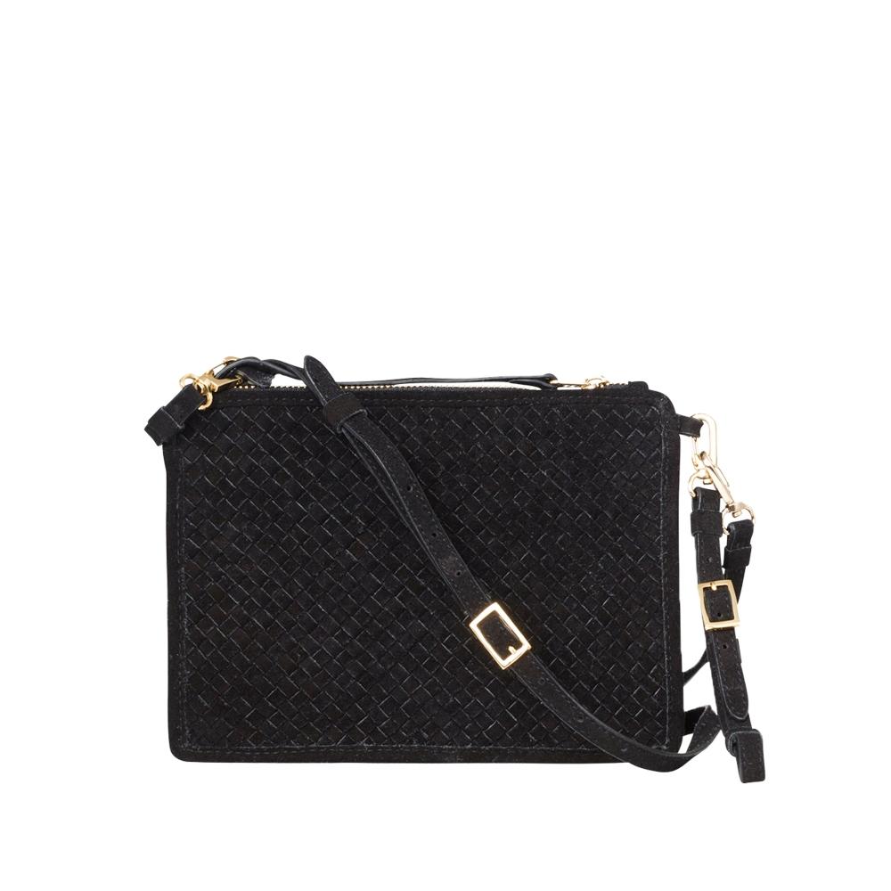 ЧантаALANYA SUEDE 372 лв. Приятно НЕобемна, тя е просто идеалната градска чанта.