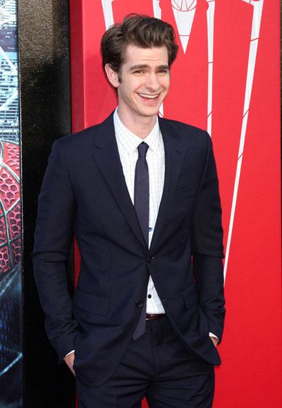 Младият английски актьор Андрю Гарфийлд всъщност е чисто новият Спайдърмен в