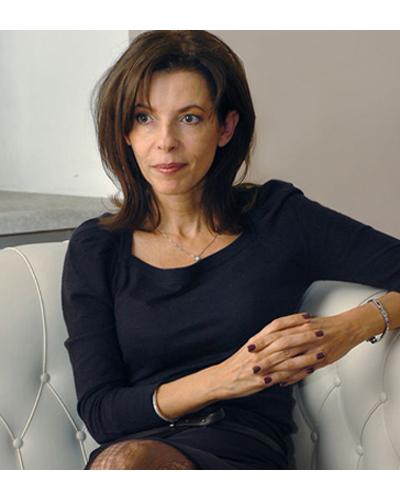Цветелина БориславоваЕдна от най-влиятелнитежени в България, бизнесдама и сериозен акционер вбанка.