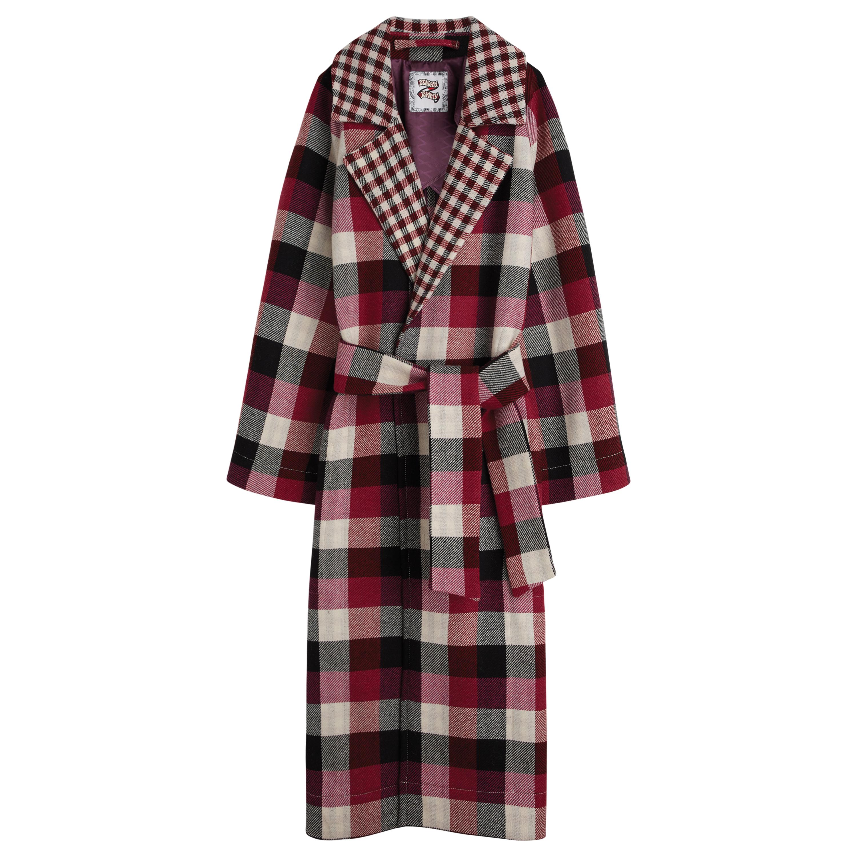 Палто 1035лв. Карираното палто в бордо е неостаряваща класика.