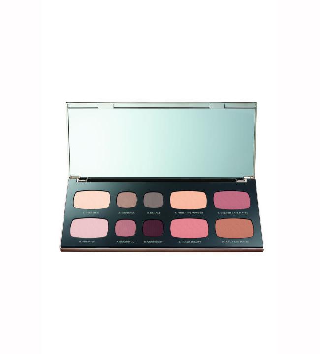 BAREMINERALS Продуктът: Be Beautiful Face And Eye Palette - £33.15  www.escentual.com Ноември е перфектното време да започнем да се грижим за празничната си визия и в тази палитра от нюанси има абсолютно всички необходими средства на едно място! Бляскави сенки, пудра, бронзант и руж - всичко това в една опаковка и… сме готови за парти!