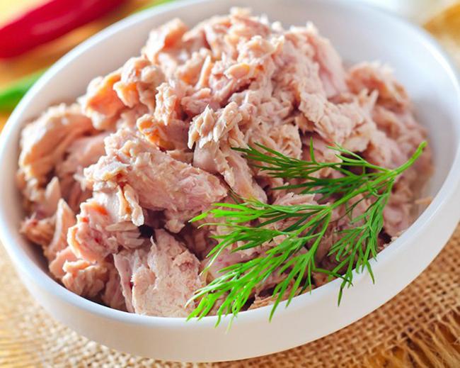 Риба тон  Консервираната риба тон, както и сардините, съдържат повече от 1/4 от препоръчителната дневна доза от слънчевия витамин.
