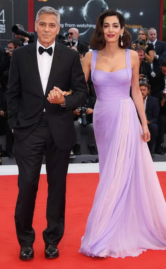 Амал Клуни във Versace