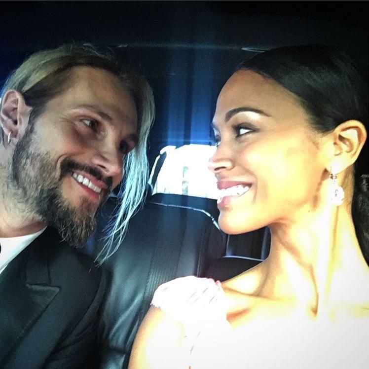 Зоуи Салдана и съпругът й Марко са толкова прекрасни и влюбени!