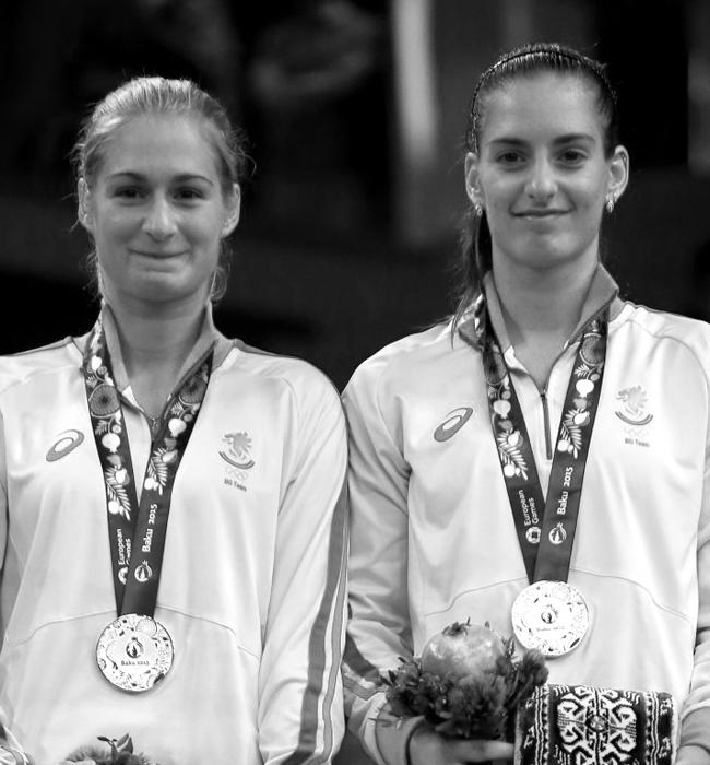 Габриела и Стефани Стоеви  Сестрите, заради които чухме националния химн на Европейските игри в Баку през юни тази година, имат още девет титлии са номер 17 в световната ранглиста по бадминтон. Спортът ражда красота, българският спорт - много красота.