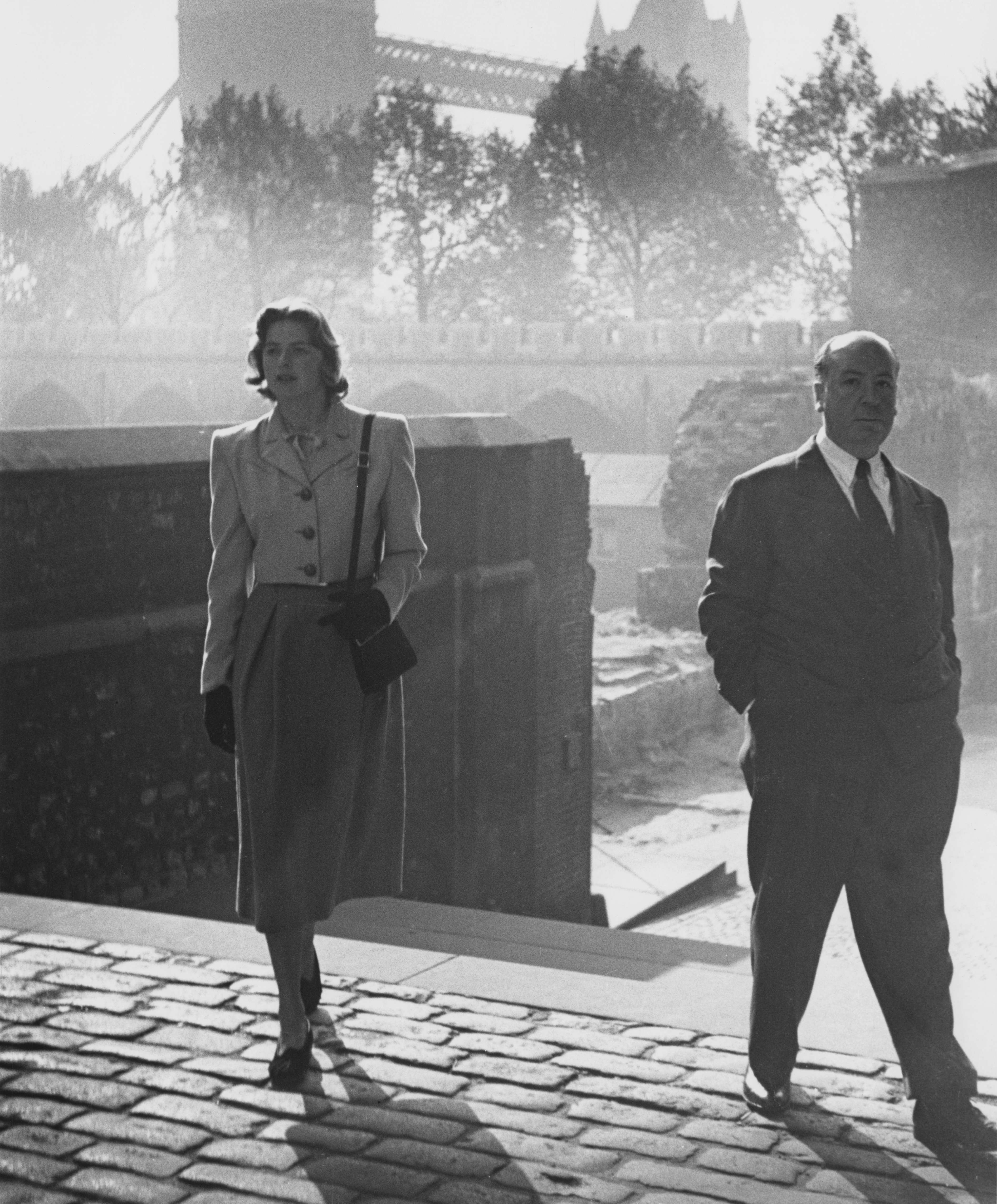 Хичкок и Ингрид Бергман по време на снимките на Under Capricorn, 1948