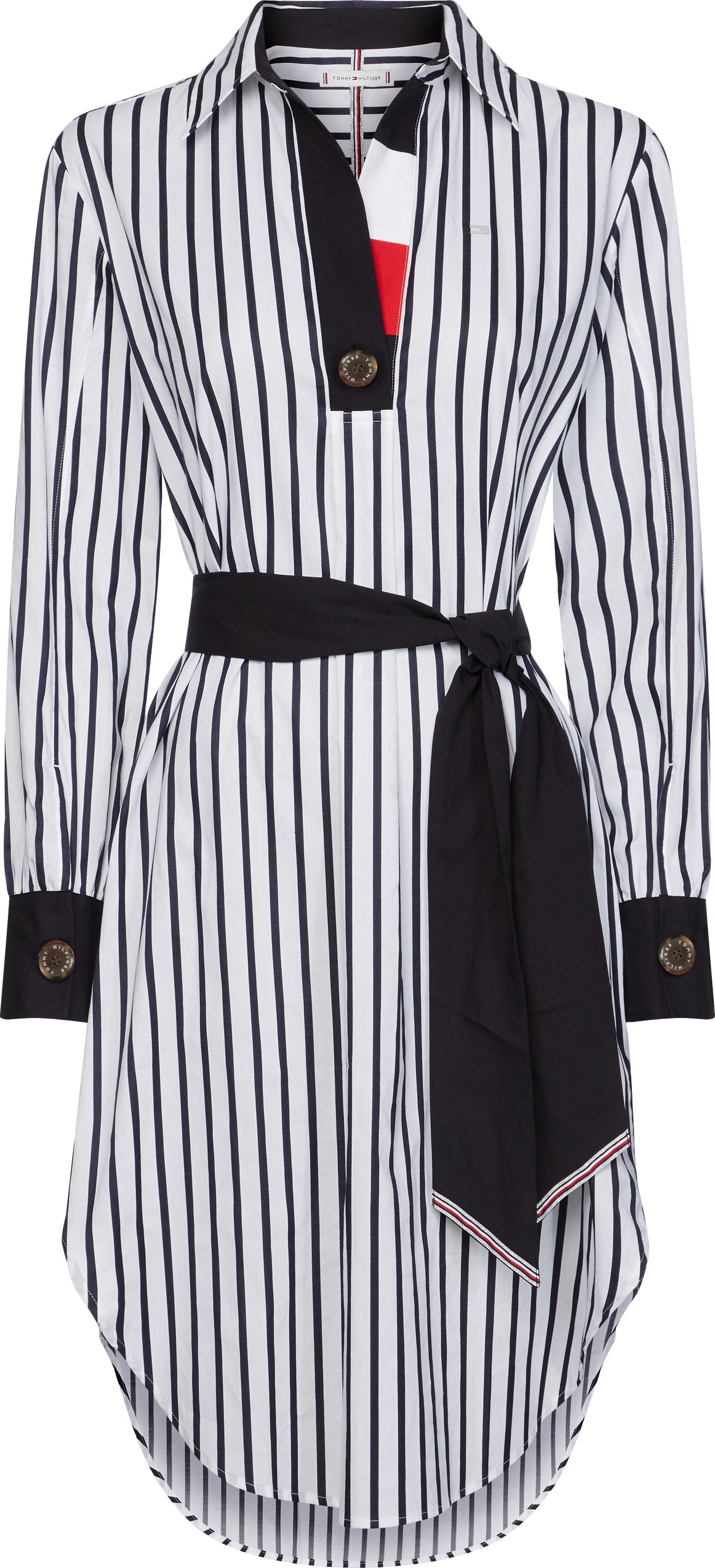Рокля 370 лв. Класическият и много комплиментиращ фигурата силует, наподобяващ риза, превръща роклята в истинска находка.