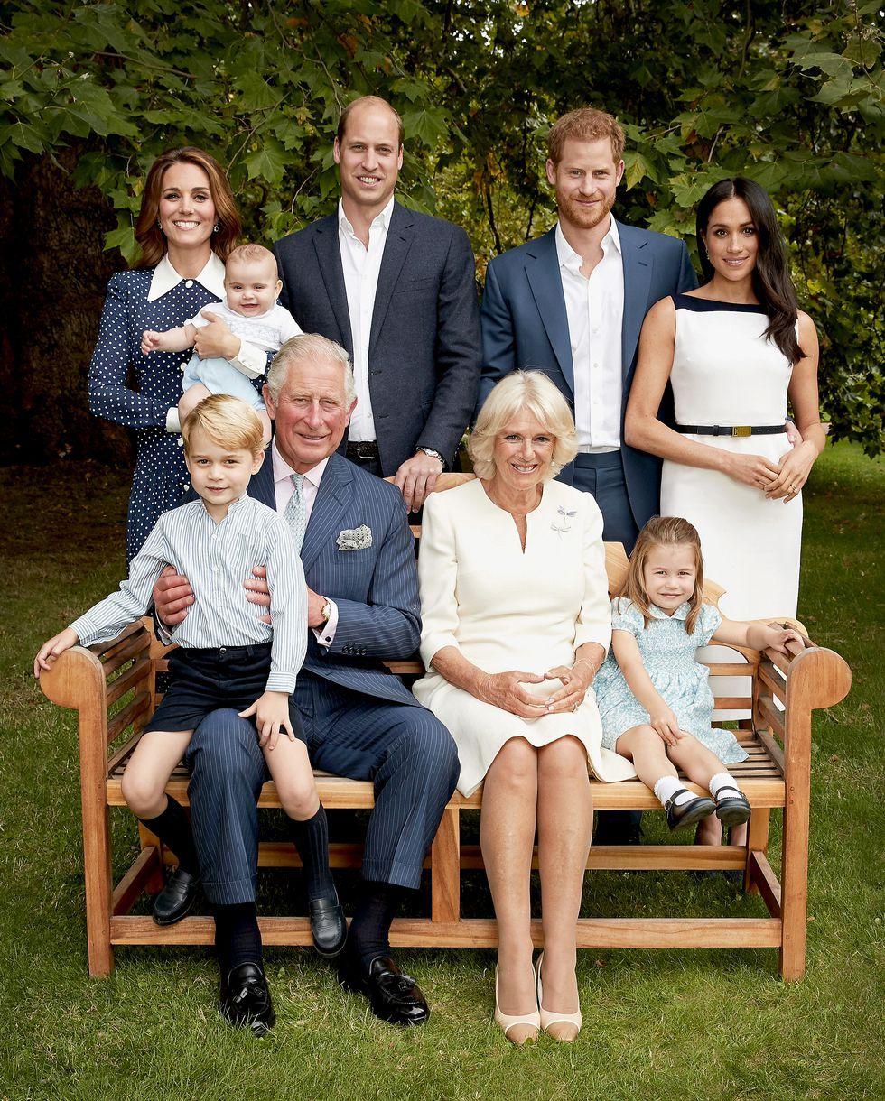 """Хари и Уилям превърнали 70-ия юбилей на баща си в """"същински кошмар"""""""